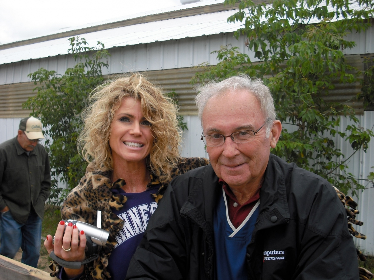 Kristen and Mike (grampa)